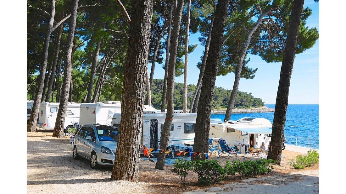 Premium-Plätze Camping Cikat Kroatien Insel Losinj