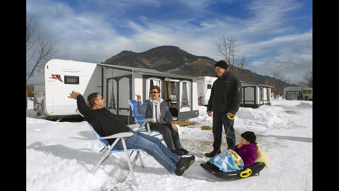 So viel Spaß kann Camping im Winter machen.