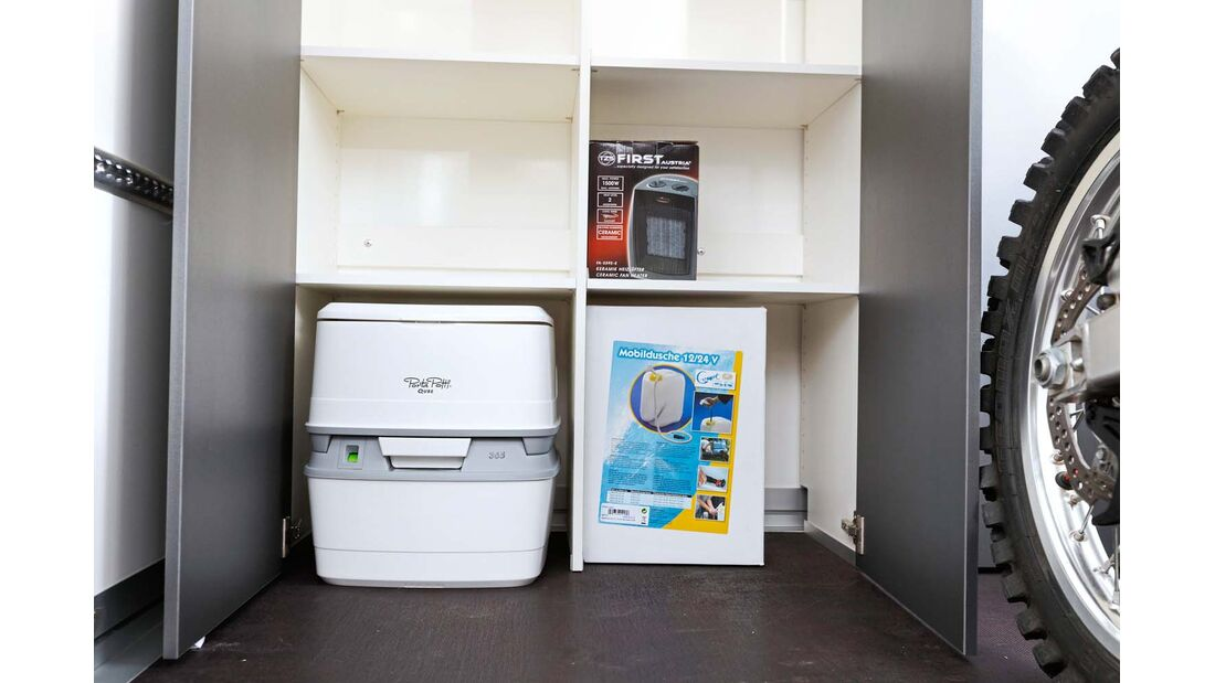 Sportcaravan SP 3000 Bugausbau mit Toilette und Küchenausstattung