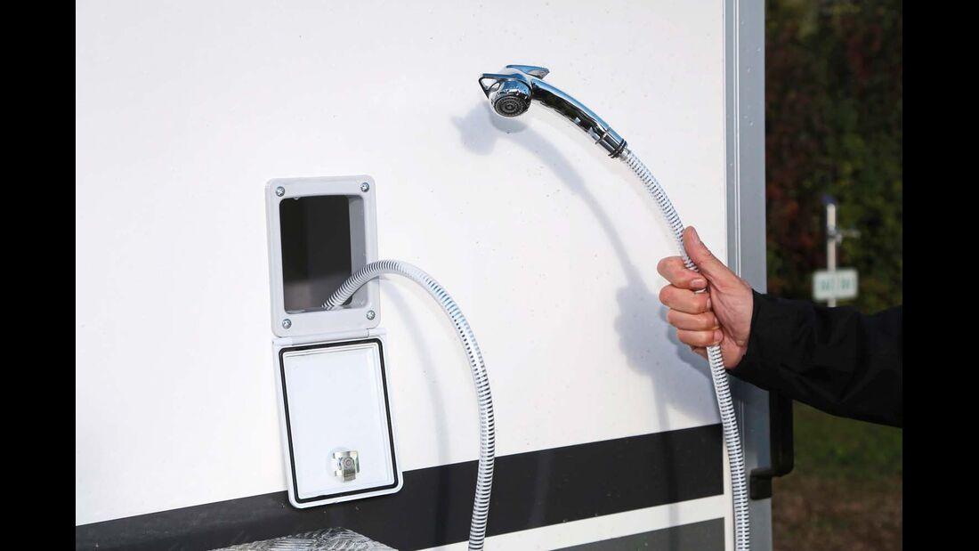 Sportcaravan SP 5000 Plus Dusche im Freien