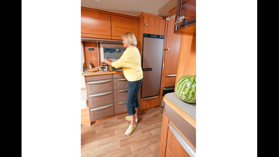 Supertest: Eriba Nova SL 535, Küche