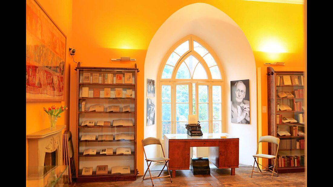 Tessin Hesses Schreibtisch
