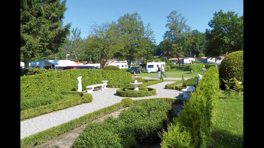 Themengärten im Campingplatz Lüneburger Heide