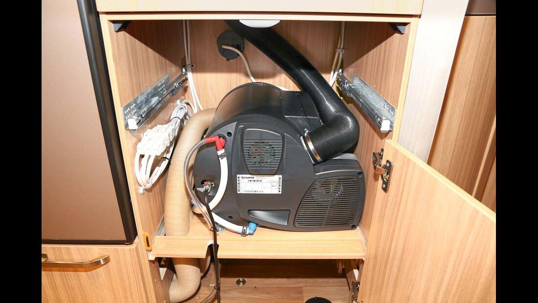 Truma-Combi-Heizung mit Boiler.
