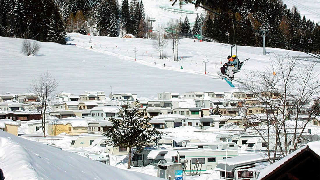 Truma Winterservice in der Schweiz auch auf dem Campingplatz in Churwalden.