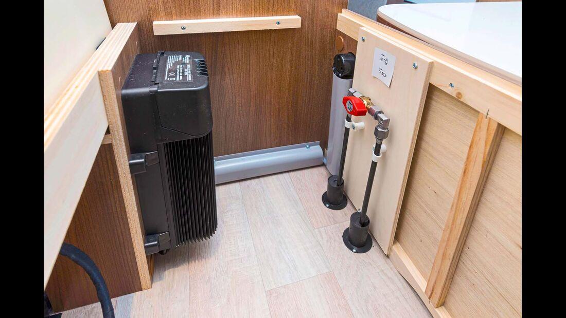 Umformer mit integriertem Ladegerät