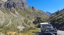 Volvo PV 544 mit Dethleffs Beduin Col d'Iséran