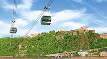 Von Koblenz geht es per Gondelbahn zur Festung Ehrenbreitstein.