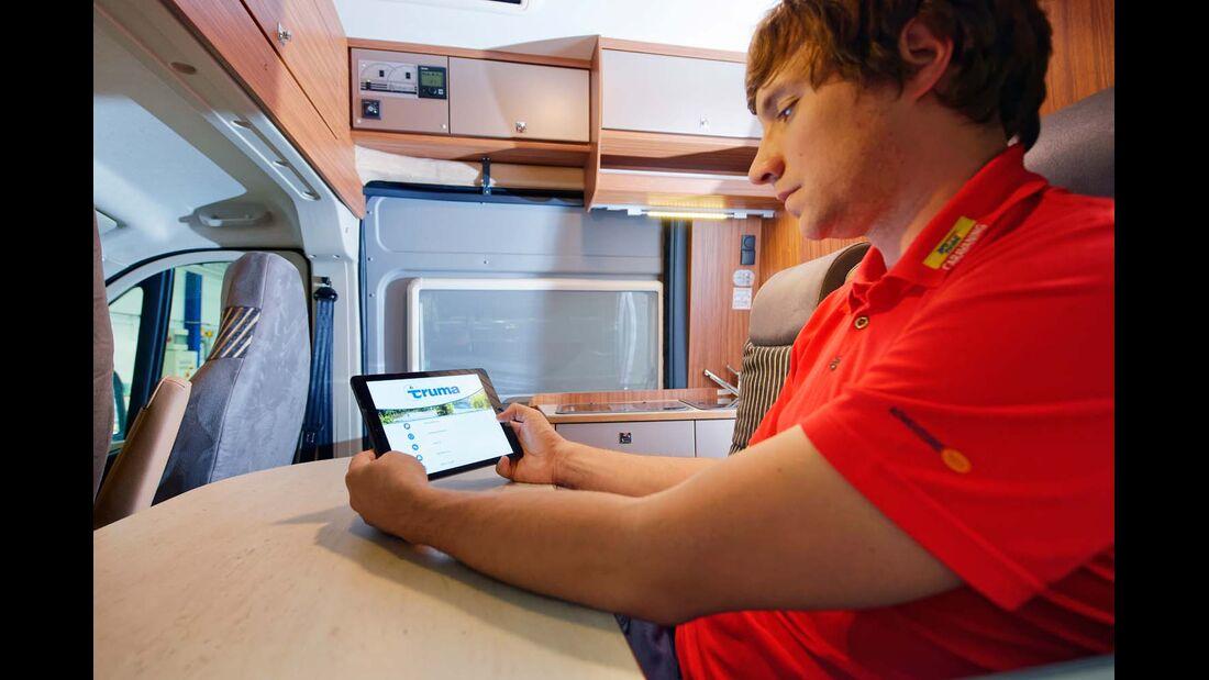 Weltweit kann über den mobilen Datenaustausch Kontakt zum Caravan aufgenommen werden.