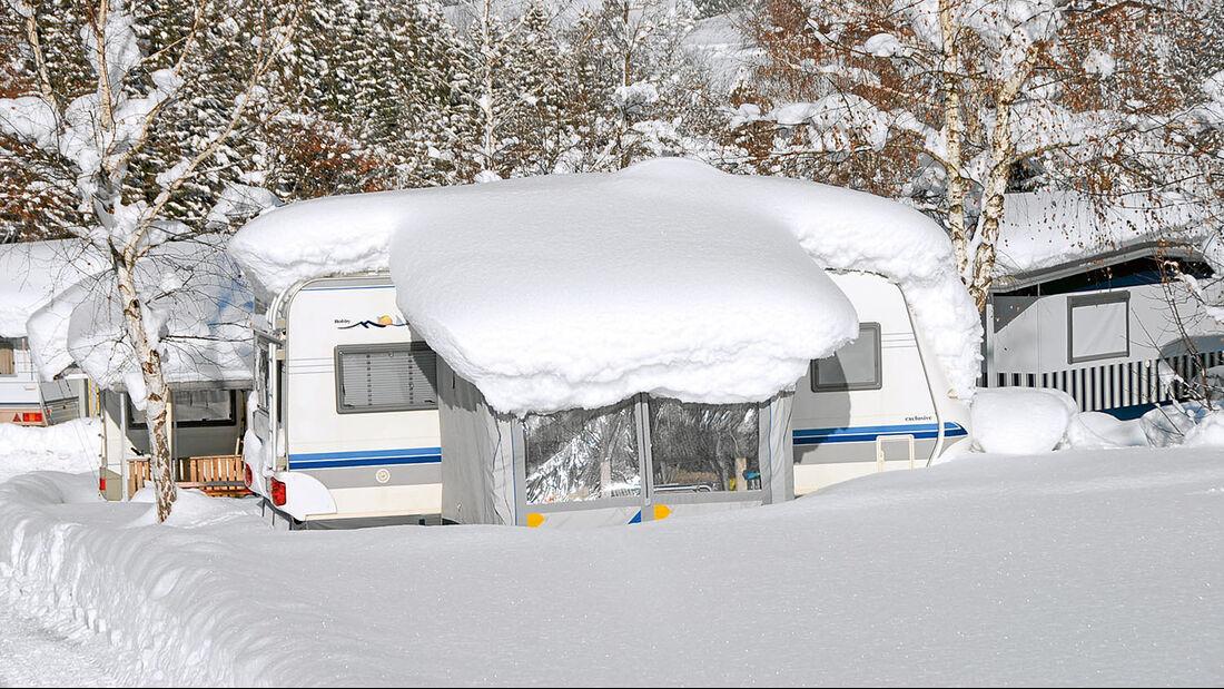 Wintercamping im Tirol-Camp in Fieberbrunn.