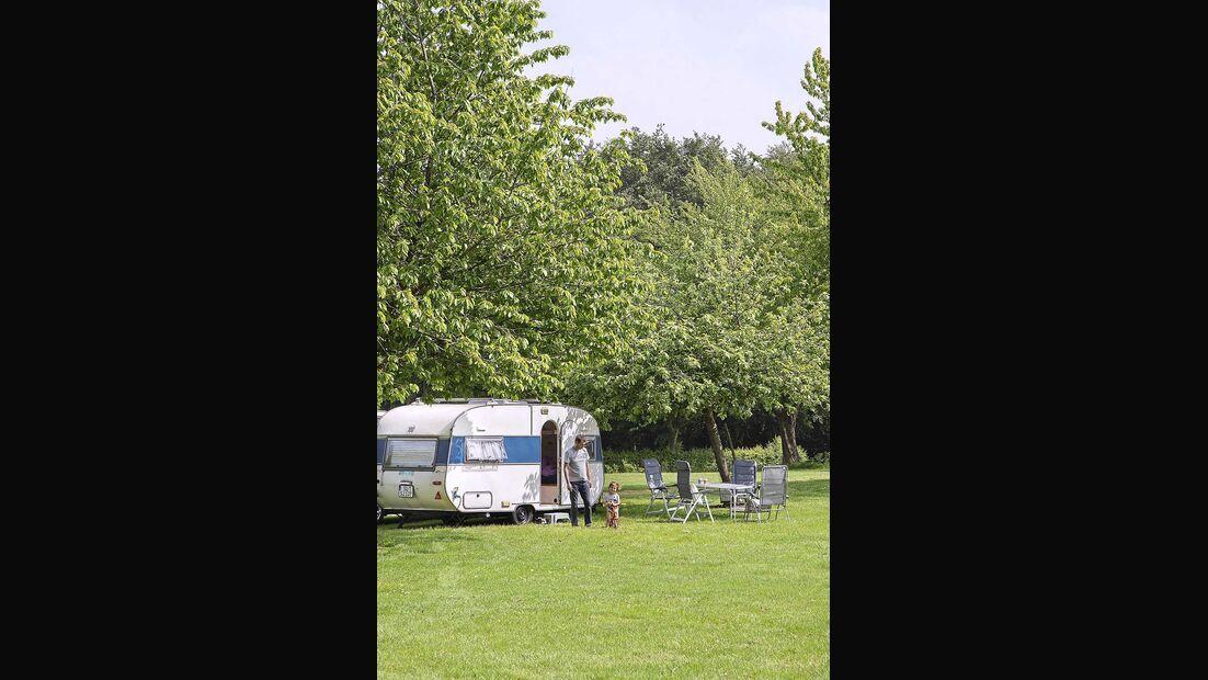 Wohnwagen Brummi Campingplatz Oosterberg Niederlande