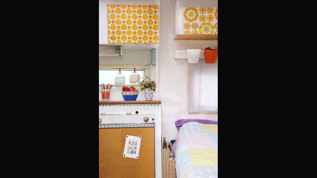 Wohnwagen Brummi Küche und Bett