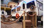 Wohnwagenhostel Basecamp Bonn Hausboot