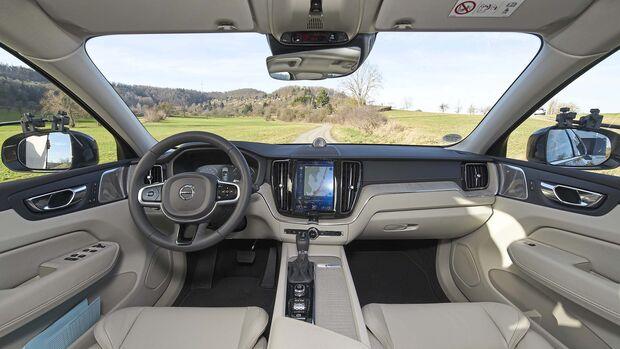 Zugwagen Volvo XC60 T6 AWD