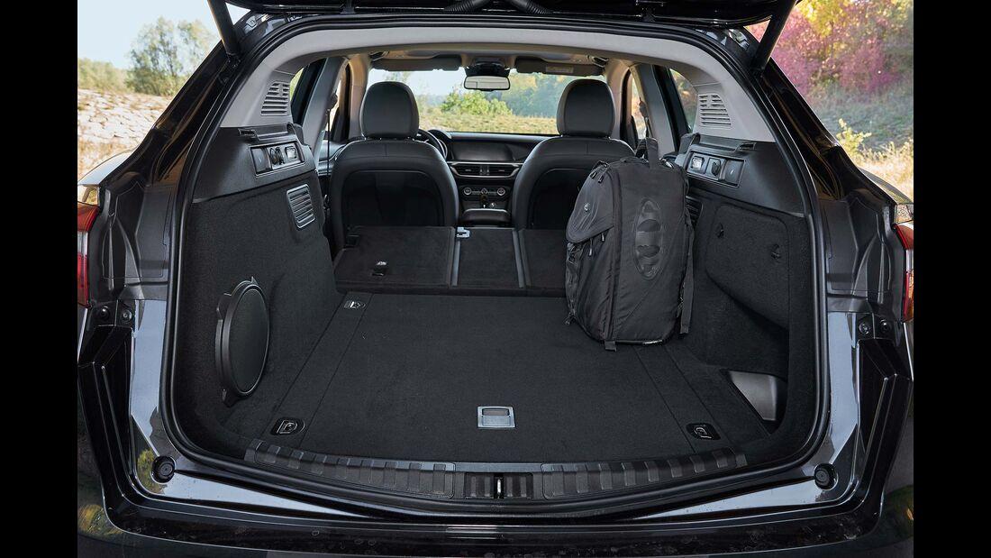 Zugwagentest Alfa Stelvio - Kofferraum