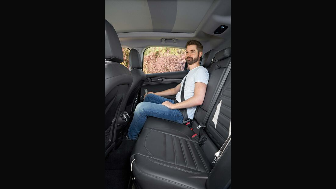 Zugwagentest Alfa Stelvio - Rücksitz